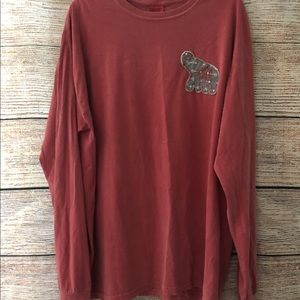 Comfort Color T-Shirt with kGr Embroidered on it.